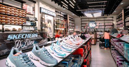 Obuvní značka Skechers otevřela svůj první outletový obchod vČechách
