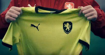 Zelené fotbalové dresy? Ani experti se neshodnou