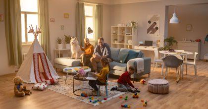 Vyhledávač nábytku Favi.cz  uvádí kampaň oslavující  jedinečnost domova