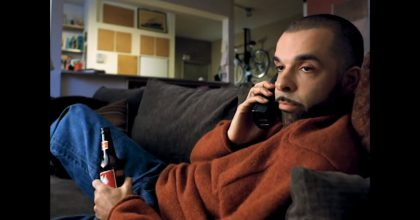 """VIDEO: Budweiser oprášil reklamu """"Whassup?"""" VUSA se zapojily hvězdy NBA"""