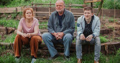 Česká televize točí seriál ochatařích. Scénář napsal tvůrce Mostu Kolečko