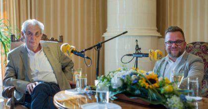 Zeman vystoupí naFrekvenci 1. Pohovoří ovýměně ministrů isvém zdravotním stavu