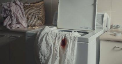 Pantone představila menstruační rudou barvu, Facebooku červená vadí