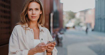 INFOGRAFIKA: Chtěli by Češi nakupovat přes sociální sítě?