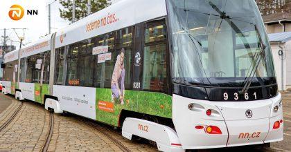 Běžecká tramvaj NN chce motivovat lidi, aby se jen nevozili