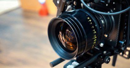 KVIFF: Růst filmového průmyslu zpomalila pandemie, natáčení zahraničních reklam takřka zastavila